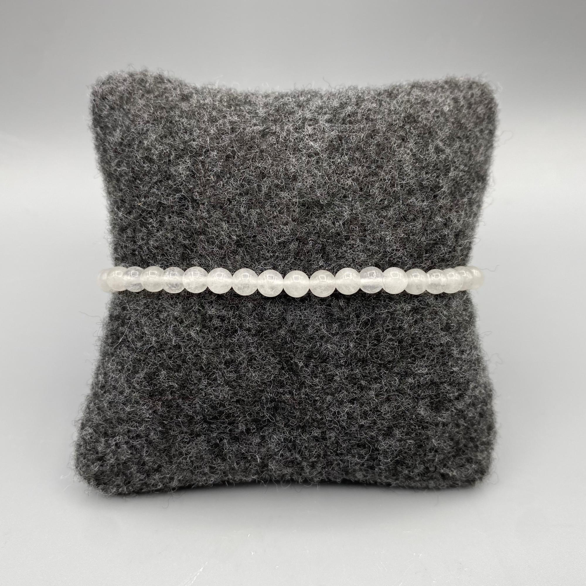 Power Mini Snow Quartz Bracelet - Focus
