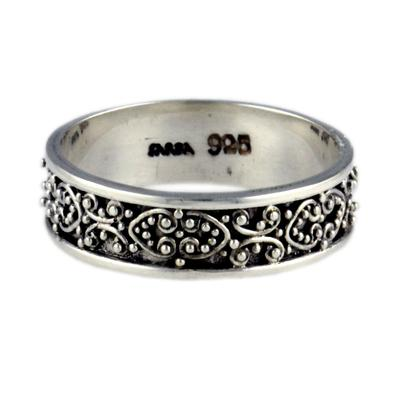 Sarda Ornate Sterling Silver Ring
